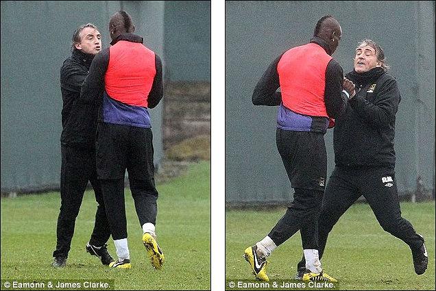 Mancini e Balotelli trocam empurrões e quase saem no tapa em treino do City