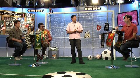 Loucos por Futebol com a presença do cantor Falcão