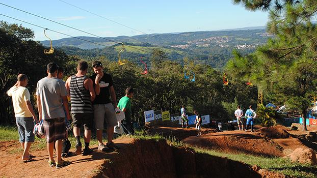 Pista do Rei e Rainha da montanha 4X, São Roque - SP.