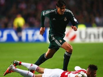 Kaká foi bem contra o Ajax e pode até ser titular contra o Barça