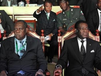 Copa Africana Sorteio Teodoro À Dir. Obiang Nguema Presidente Guiné Equatorial Issa Hayatou Pres da CAF 03/12/14