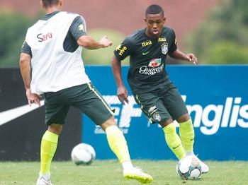 Corinthians só tem 30% dos direitos de Malcom
