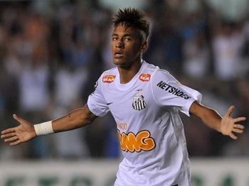 Neymar deve deixar o Brasil após a disputa da Copa em 2014