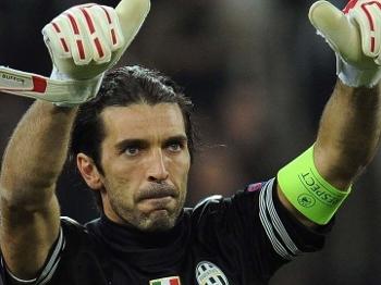 IFFHS elege Buffon o melhor goleiro do século XXI e coloca Dida e ... 7e2f0dc529661