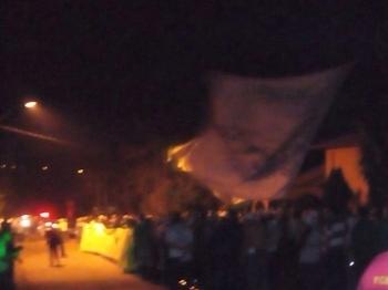 Palmeirenses protestam em Cotia