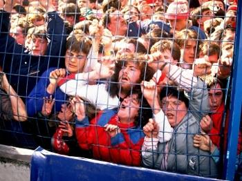 Por 23 anos, torcedores do Liverpool foram responsabilizados por tragédia em Hillsborough