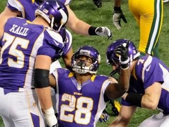 Peterson comemora: running back fez história neste domingo