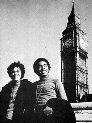 Caetano e Gil, no Big Ben, em Londres