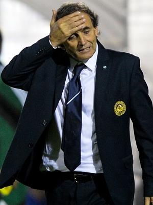 Gianpaolo Mazza, técnico de San Marino, durante jogo contra a Ucrânia, pelas eliminatórias europeias para a Copa do Mundo de 2014