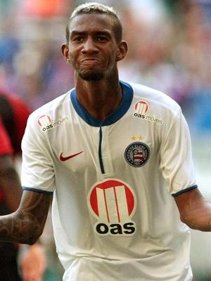 Talisca foi o destaque da vitória de 2 a 0 do Bahia no clássico com o Vitória