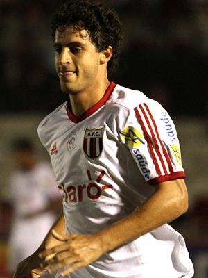 Hudson faz parte do meio-campo do Botafogo