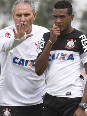 Edenilson Tite Treino Corinthians 11/12/2013