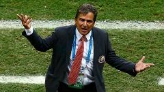 Jorge Luis Pinto, técnico da Costa Rica, reclamou da arbitragem