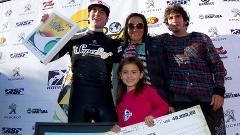Gabriel no início de carreira, quando venceu o Super Surf na Praia da Vila, em Imbituba.