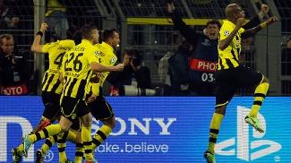 Felipe Santana foi ao delírio após marcar o gol da vitória