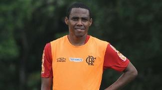 Vovô garoto Elias coloca experiência a favor do Flamengo