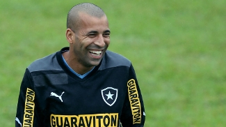 Sheik já fez 4 gols em 6 jogos pelo Botafogo