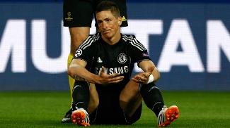 Fernando Torres foi titular do Chelsea contra a equipe que o revelou para o futebol, o Atlético