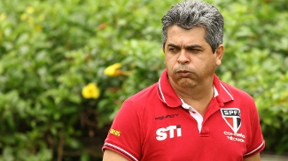 Sem temer demissão, Ney Franco faz mistério na escalação do São Paulo para 'final' com Atlético-MG