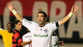 Deco marcou um dos gols do Fluminense na vitória contra o Atlético-GO
