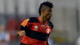 Contrato de Léo Moura termina nesta segunda, e renovação segue emperrada