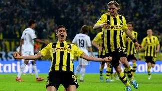 Lewandowski entra em 'êxtase' após terceiro gol