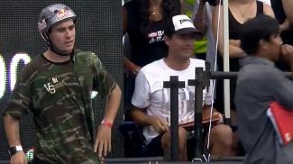 Pedro Barros aguardando para o seu último drop na competição