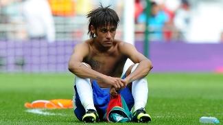 Geração Neymar fracassa nas duas obsessões do futebol brasileiro