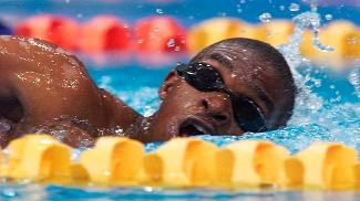 Eric Moussambani em ação: nadador fez história em Sydney
