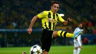 Gotze, que na última quarta-feira foi negociado com o Bayern, deu a assistência para o primeiro gol do Borussia