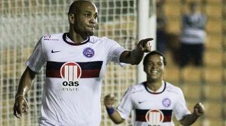 Bahia, de Souza, tenta confirmar boa fase contra o Sport