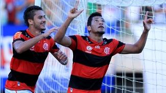 Hernane abriu o caminho para a vitória do Flamengo sobre o Bahia