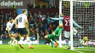 Chadli Gol Tottenham Aston Villa Campeonato Inglês 02/11/2014