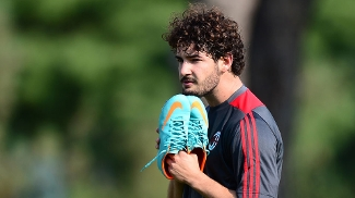 Pato teve que esperar para estrear no Milan, mas correspondeu com gols