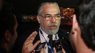 Eurico Miranda ofereceu ajuda a Dinamite no Vasco
