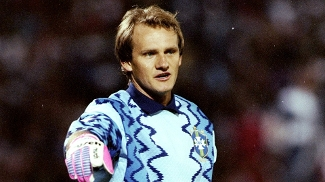 13º INTERNACIONAL - 8 jogadores (Taffarel, em 1990)
