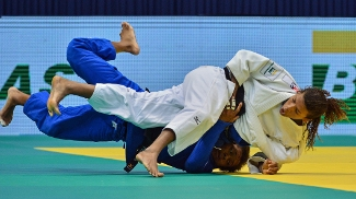 A brasileira venceu Pavia, líder do ranking, na semi