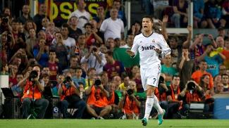 Cristiano Ronaldo comemora gol marcado contra o Barcelona