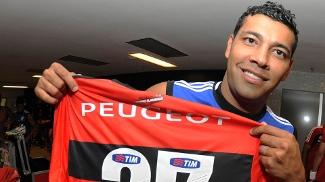 André Santos não poderia ter jogado contra o Cruzeiro