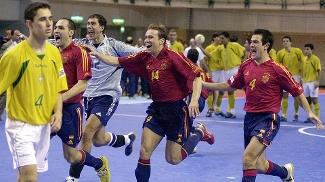 Espanha tirou o Brasil da decisão pela primeira vez em 2004