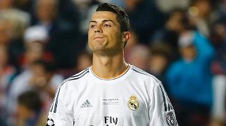 Melhor jogador do mundo não teve atuação inspirada no primeiro tempo