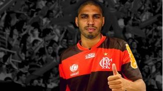 O zagueiro Wallace é o novo reforço do Flamengo