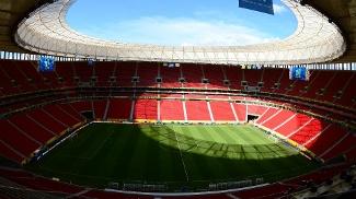 Recém-inaugurado para a Copa das Confederações, o estádio Mané Garrincha receberá, pelo menos, mais 6 jogos do Fla em 2013