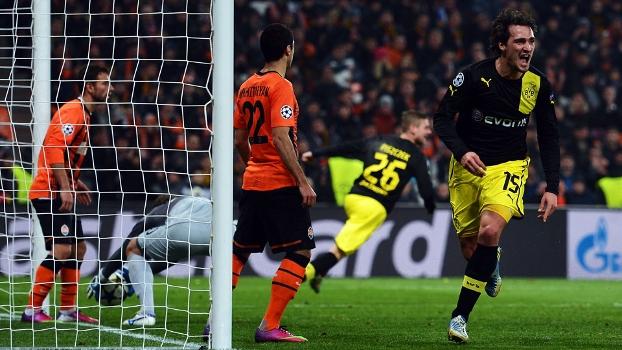 Hummels fez o gol de empate do Dortmund contra o Shakhtar