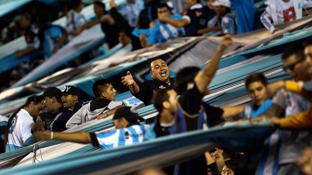 Barras Bravas do Racing, um dos clubes mais tradicionais da Argentina