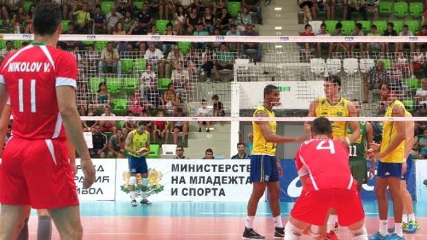 Brasil passou pela Bulgária na preparação para o Mundial