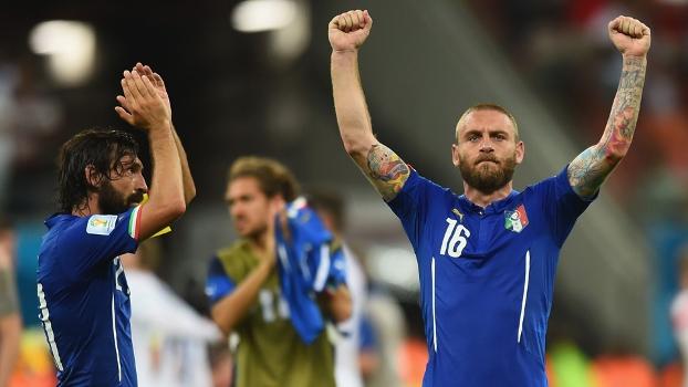 Itália gosta da bola e sabe sofrer. As notas da estreia vitoriosa ... 4d50efe9c3d2c