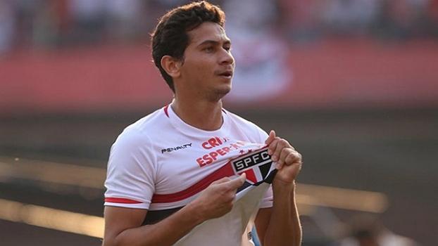 Penalty não quer sair do São Paulo, diz diretor da empresa