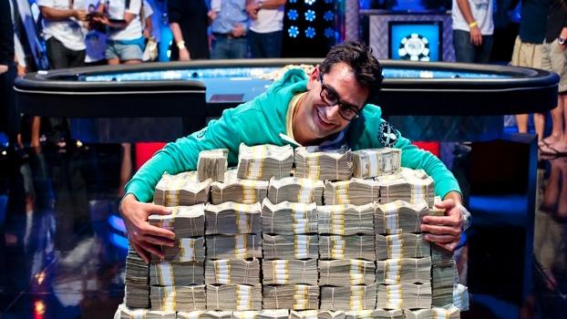 Antonio Esfandiari e o prêmio de US$18.346.673