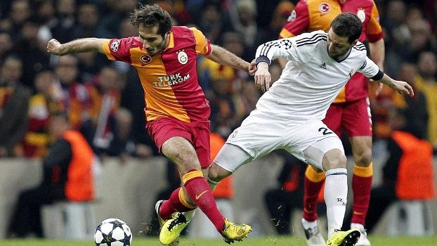 184975790f Gonzalo Higuaín  atacante argentino do Real Madrid está nos planos do  Arsenal